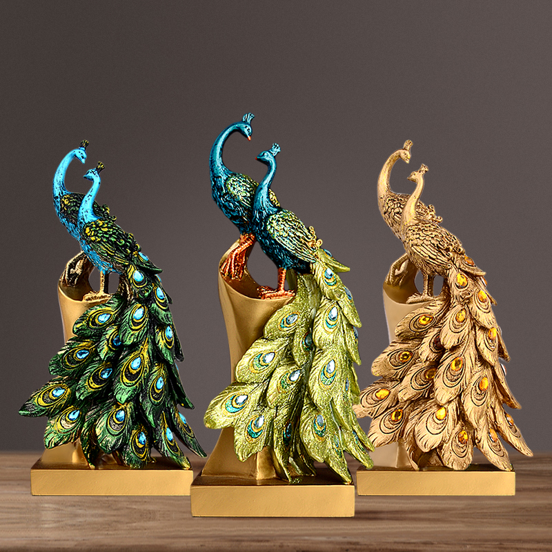 Continental luxury Peacock Couple Sculpture Resin Lovers Mascot Craft Ornament for Wedding Decoration and Valentine s