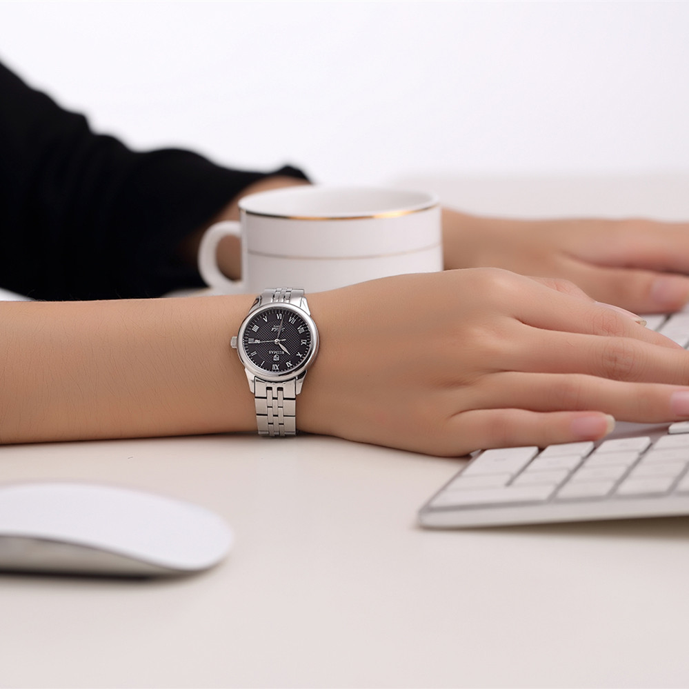 Wielka wyprzedaż RUIMAS Moda Zegarek Kwarcowy Kobiety Zegarki - Zegarki damskie - Zdjęcie 5