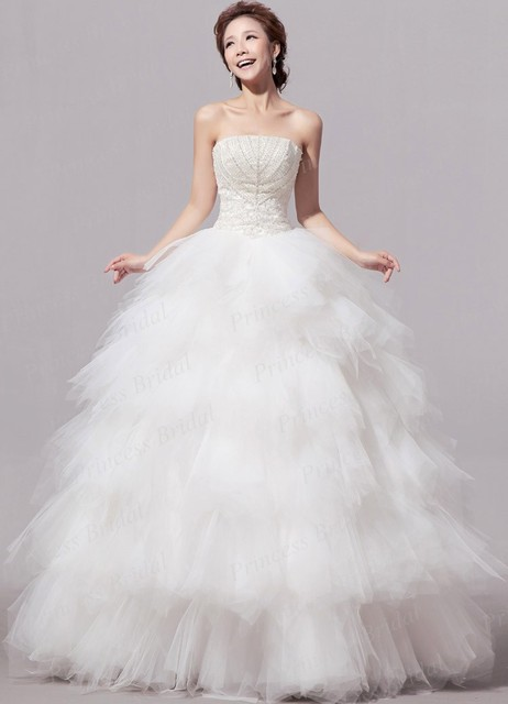 e2ec91d8cc Discount Tulle Skirt Wedding Gown Fluffy Strapless Top Heavy Beaded Lace Up  Back Floor Length Tiered Bottom Bridal Dress EN072
