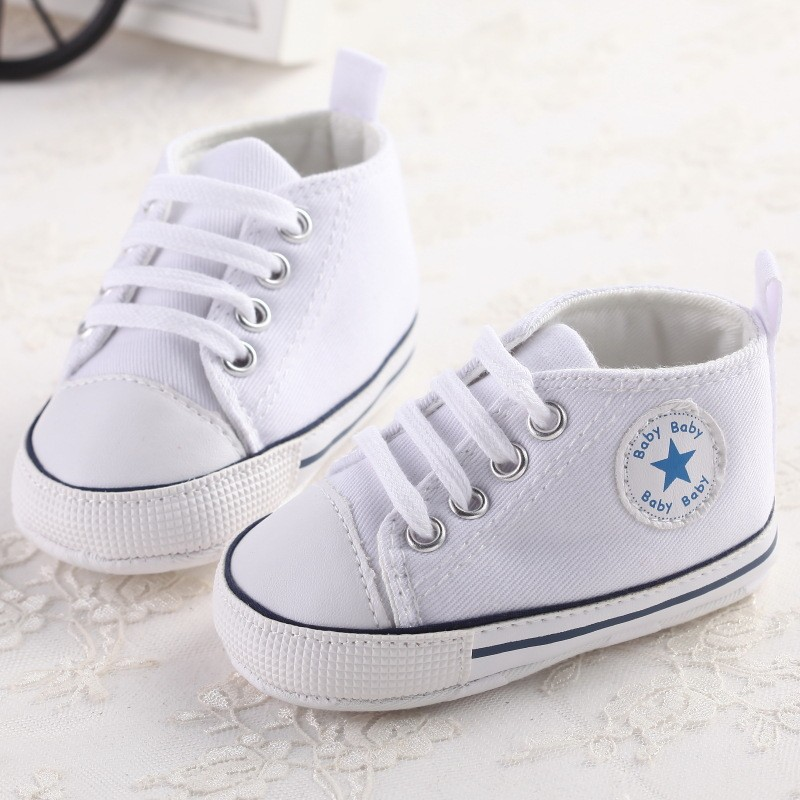 White Newborn Baby Soft Bottom Anti-slip Prewalker Shoes