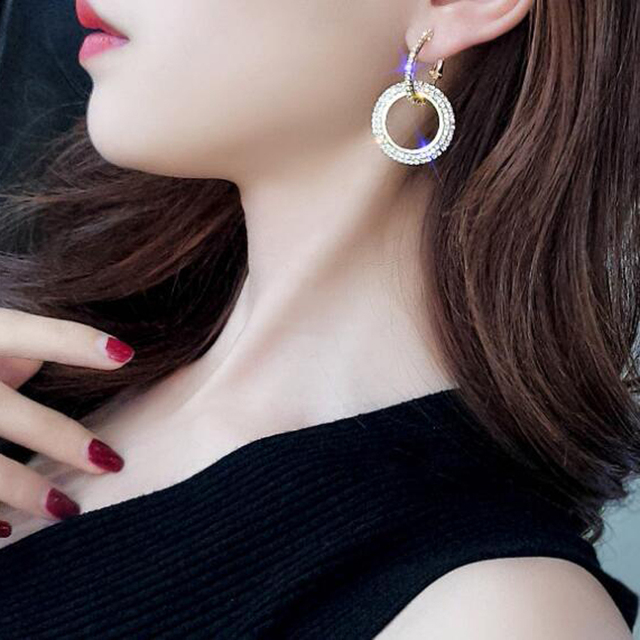 New Design Creative Jewelry High-grade Elegant Crystal Earrings Round Gold and Silver Earrings Wedding Party Earrings for Woman 5