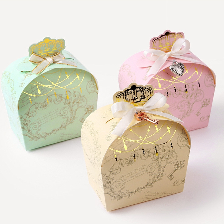 Wedding Gift Boxes: Crown Gift Boxes,wedding Favor Box, Candy Box ,cookie Box
