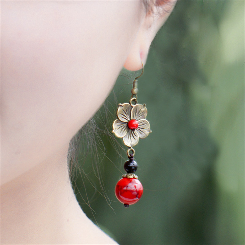 2017 new arrivals women earring copper alloy flowers red bead pendant vintage jewelry accessories girl brinco drop earrings BD80