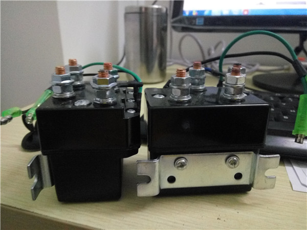 цена на 250A 450A 12V 24V dc coil dc relay dc voltage control protective electric contactor for electrical winch good quality