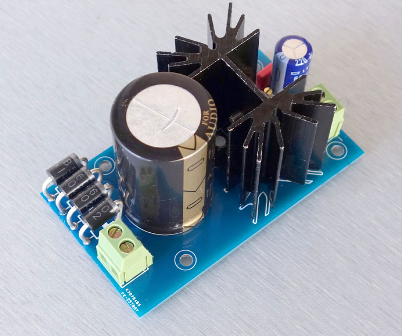 Linear Voltage Regulator Composed Microprocessor Power Supply From