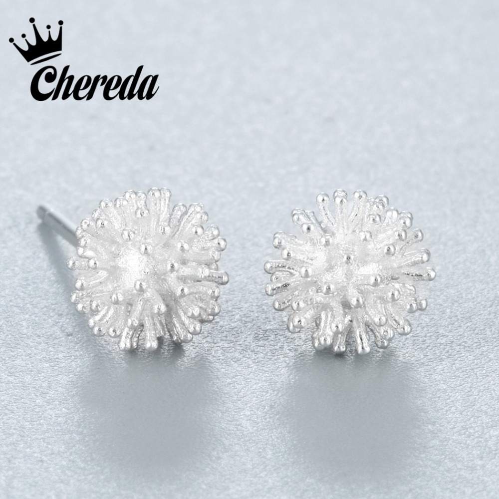 Chereda 2018 Silver Round Ears Stud Earring Fluff Ball Geometry Lovers Refreshing Personality Deck Adornment Friend Accessories