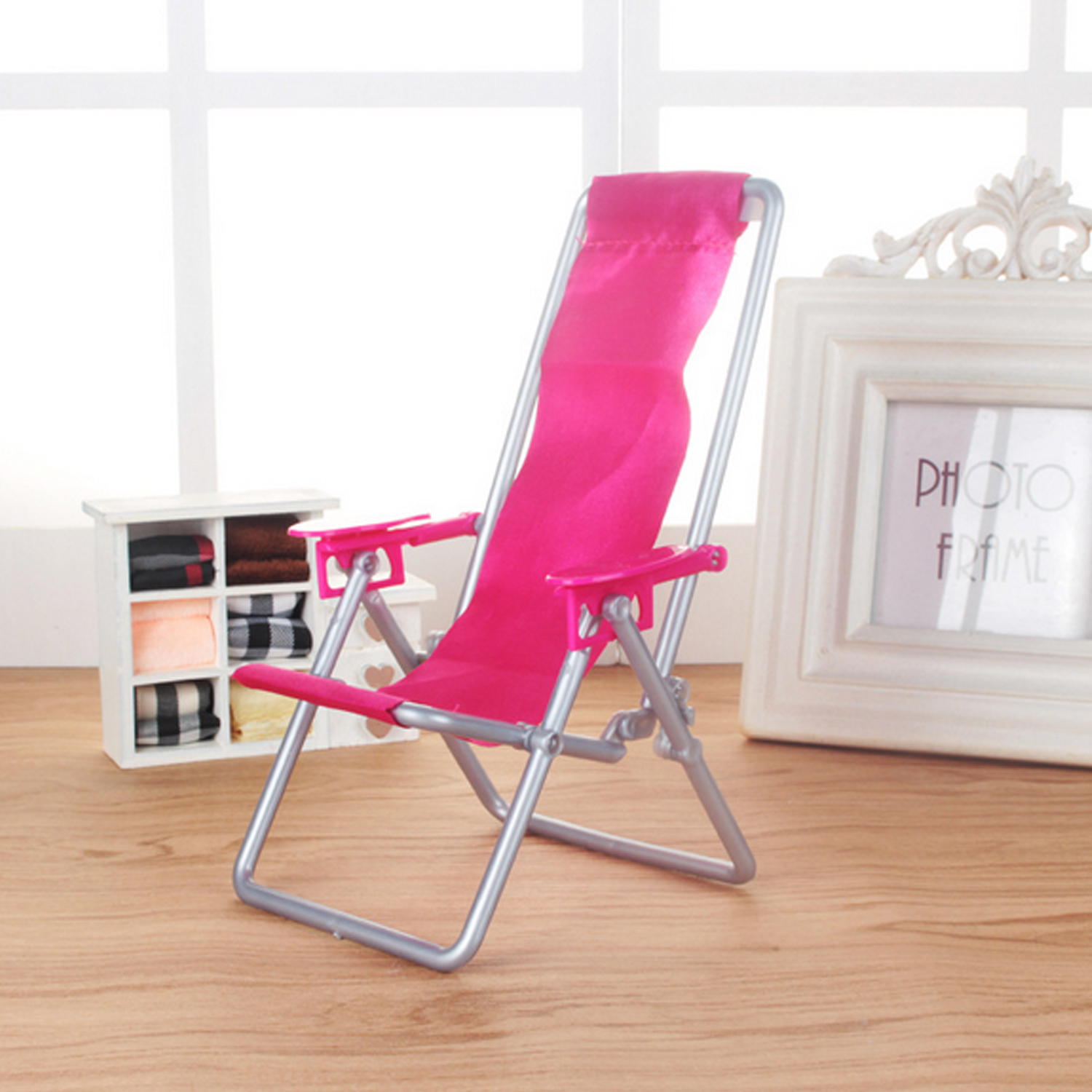 Besegad Cute Mini Miniature Foldable Plastic Beach Chair Accessories Toy Props for Barbie Doll House Kids Girls Birthday Gifts