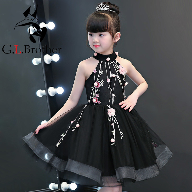 цена Luxury Black Flower Girl Dresses Halter Embrodiery Kids Formal Dress Birthday Costume Off The Shoulder Ball Gown Girl Prom Dress