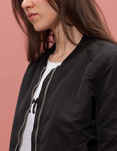 Short and Warm Bomber Jacket 2 Colors