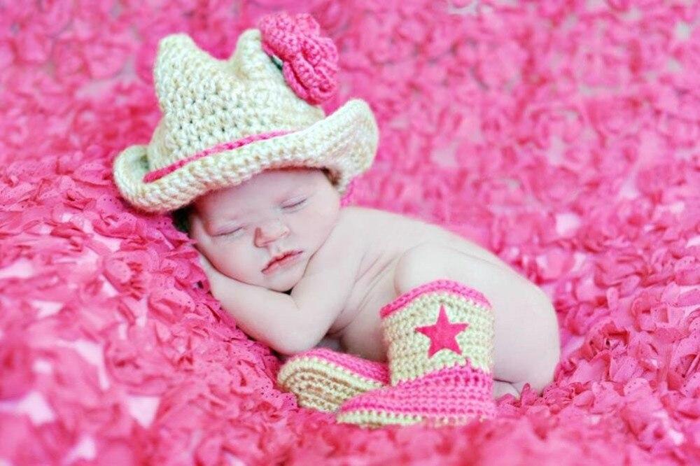 Recién nacido de la muchacha del vaquero de flores vaquera botas ...