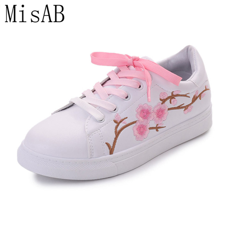 2017 new shoes women flats spring autumn embroider flowers flat shoes female lace shoes white pink fashion style loafers ALF536 poems короткое платье