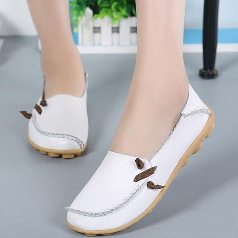 98955290b Comprar Mulheres sapatos de Couro Genuíno Sapatas Lisas Das Mulheres 2018  Moda Outono Senhoras Casuais Sapatos Baixos Mulher Mocassins Sapatos  Mocassins ...