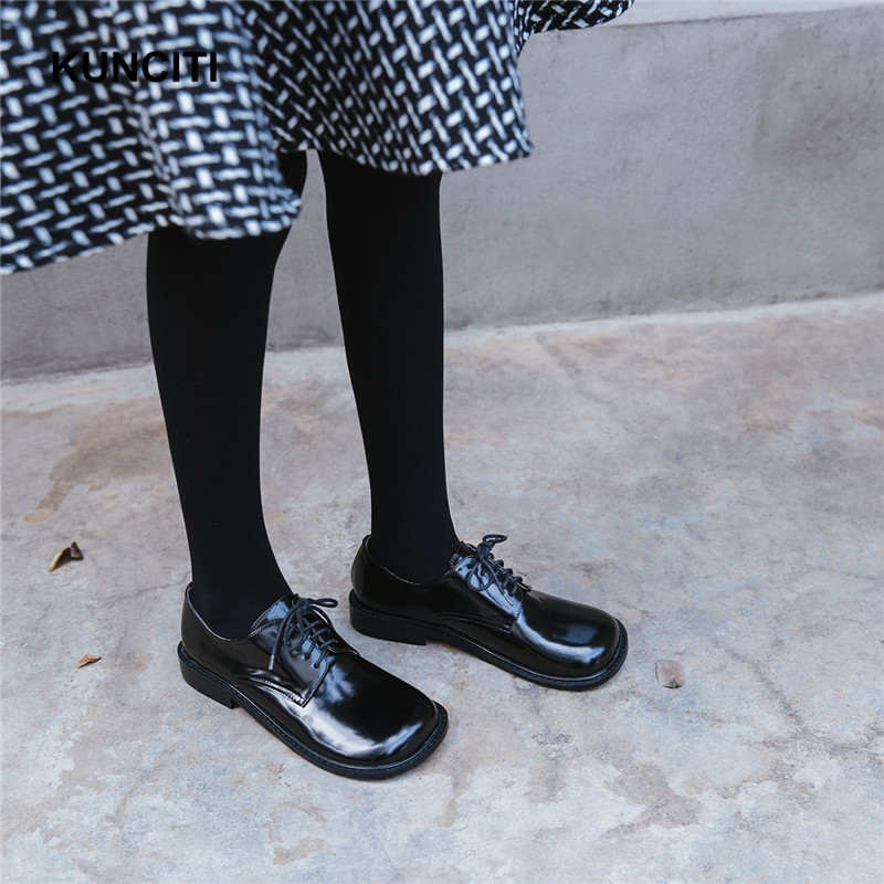 Gros Casual Up F24 Verni L'école Style Kunciti Orteil Plat Printemps Dentelle Cuir En Japon Preppy 2018 Chaussures Carré Nouveau De Fille X4qCTR