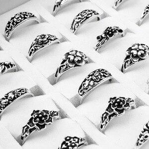 Image 1 - 100 יח\חבילה לערבב רטרו טבעת סיטונאי פרח קסם עתיק כסף מצופה הצהרת קטן בציר טבעת לנשים וגברים