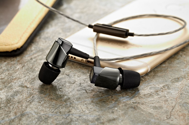 Tangmai F3 In-ear Earphones 3.5mm noise cancelling Drive-by-wire for mobile PC