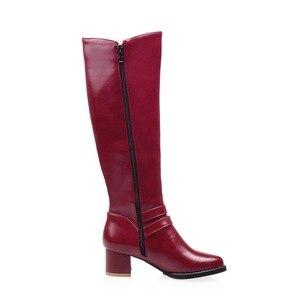 Image 5 - 新冬の女性の靴ロング膝丈つま先ビッグサイズメッドスクエアハイヒールバックルショートぬいぐるみ暖かい内部ファッション