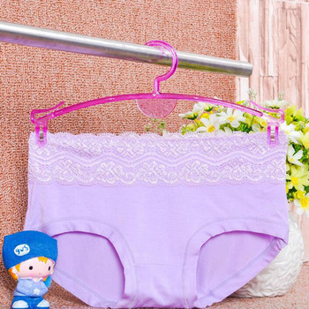 100pcs Plastic Hanger for Bra, Lingerie Hanger and Underwear Hanger Home Shop Laundry Storage Housekeeping ZA5249