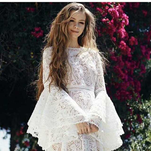 4de634dd35f 2018 printemps flare manches blanc dentelle longue robe broderie bohème femmes  robes de haute qualité