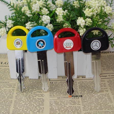 2018 Nieuwe (1 Pcs/verkopen) Autosleutels Pen Balpennen Stationery Balpen Stylus Pen Touch Pen Vette Zwarte Vulling 0.7mm Briefpapier Speelgoed Druppel Droog