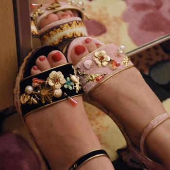 colorful Art painting chunky heel woman summer sandal metal sewing flower beading low heel platform sandal real photo in stock