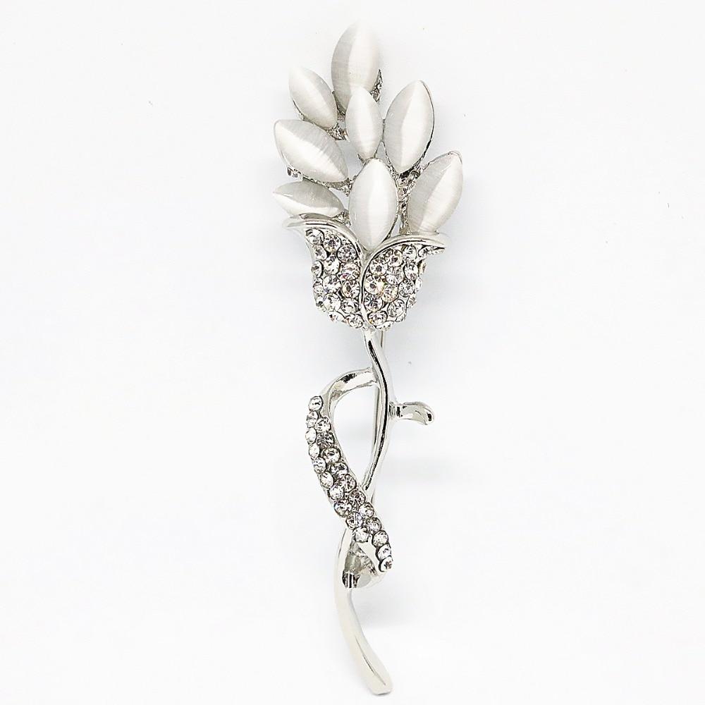 3a99ee9b260 New long branco broche de flor cor prata-ouro-cor dos olhos de gato de  cristal colorido requintado chamrs jóias pinos B1280