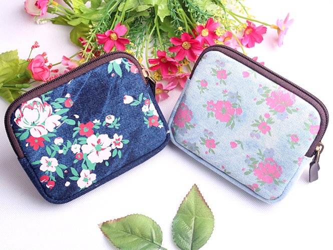 1PC Flower Series Coin Bags Small Portable Purse Women Wallet Canvas Storage Bag Kids Supplies (ss-1517)