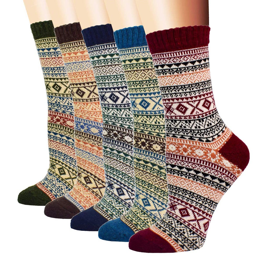 Byyong Womens Vintage Winter Soft Warm Thick Cold Knit Wool Crew Socks Geometry Print