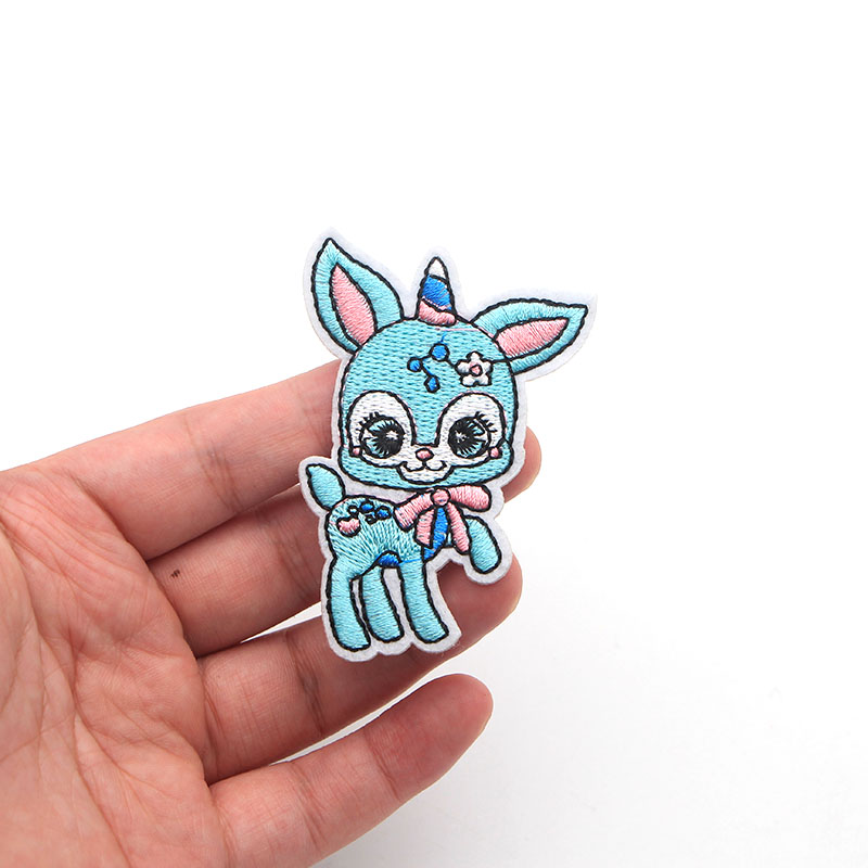 100pcs/lot Cartoon Animal Cute Blue Horse Unicorn Embroidery Iron On Patches For Clothes DIY Accessory Small Applique for Bag