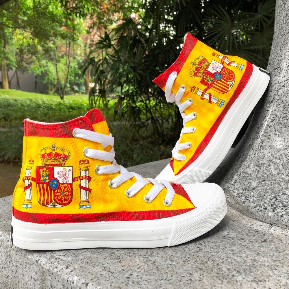 Wen Canvas Graffiti Shoes Design Crown Spain Flag Hand Painted Canvas Sneakers High Top Sport Athletic Skateboarding Shoes men women converse puerto rico flag hand painted artwork high top canvas shoes unique sneakers
