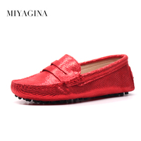 New Women 100 Genuine Leather Shoes Moccasins Mother Loafers Soft Leisure Flats Female Driving Casual Footwear
