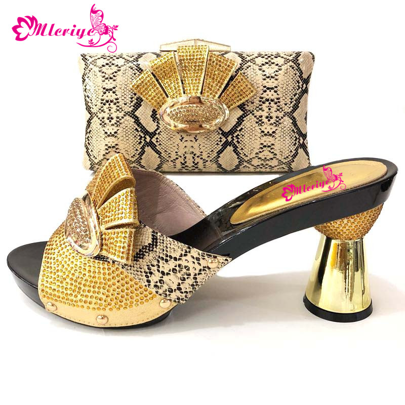 Italian Gold Color Italian Ladies Shoes and Bag To Match Set Nigerian Shoes and Matching Bag African Wedding Shoes and Bag Set doershow new arrival shoes and bag to match italian summer african style shoes and bag set italy ladies shoes and bag as1 33
