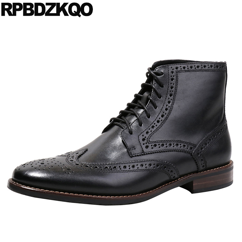 Ankle High Quality Full Grain Leather Top Pointed Toe Short Lace Up Wingtip Retro Designer Shoes Men Booties Black Brogue Boots high top sneakers designer shoes men quality outdoor autumn trainer genuine leather short full grain lace up booties black boots