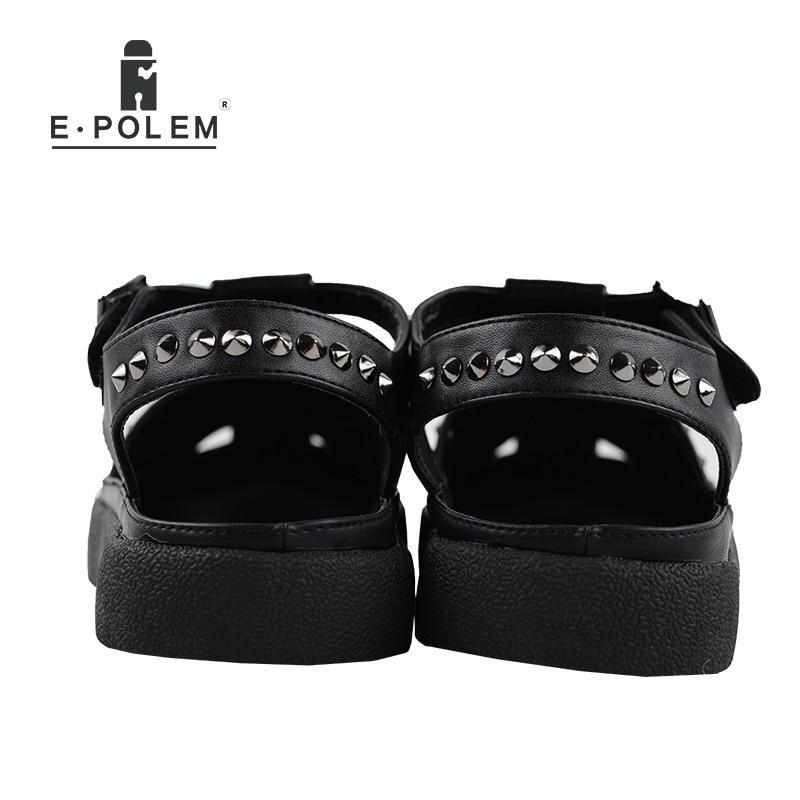 2017 Summer New Style Men Black Rivet Rome Sandals Summer Shoes Tide Fashion Men Breathable Casual Beach Flats Sandals
