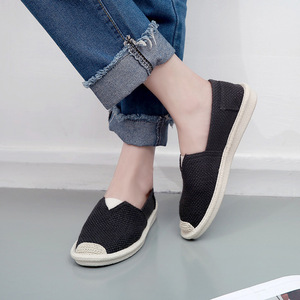Image 4 - 2018 Summer Linen Flat Shoes Women Lightweight Breathable Fisherman Shoes Ladies Soft Casual Leisure Shoes Slip On Lazy Loafers