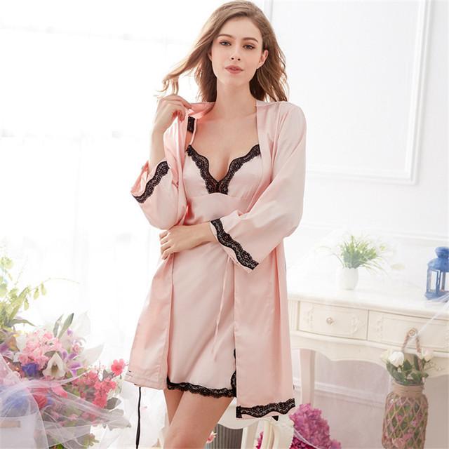 2017 Mini Conjunto Bata Camisón Lencería Sexy Mujeres Camisón de bata-Polyester Sexy Traje de Satén Conjunto de Tres Cuartos ropa de Noche de satén