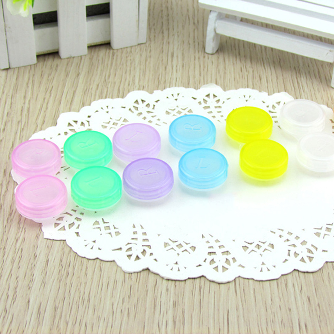 Plastic Contact Lens Box Holder Portable Small Lovely Candy Color Eyewear Bag Container Contact Lenses Soak Color Random