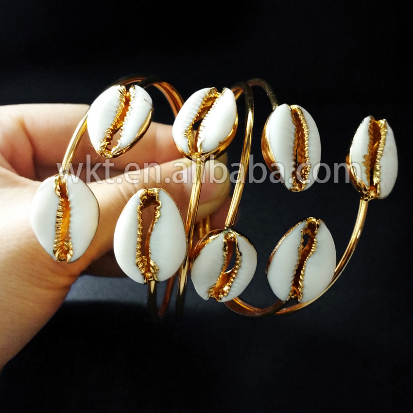 WT B197 Wholesale Fashion design tiny cowrie shell bangles 24k gold electroplated adjustable raw cowrie bracelet