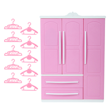 1x Rosa Nette Puppe Schrank + 10x Mix Kleiderbügel Mini Closet Prinzessin Puppenhaus Möbel Zubehör für Barbie Puppe Mädchen spielzeug
