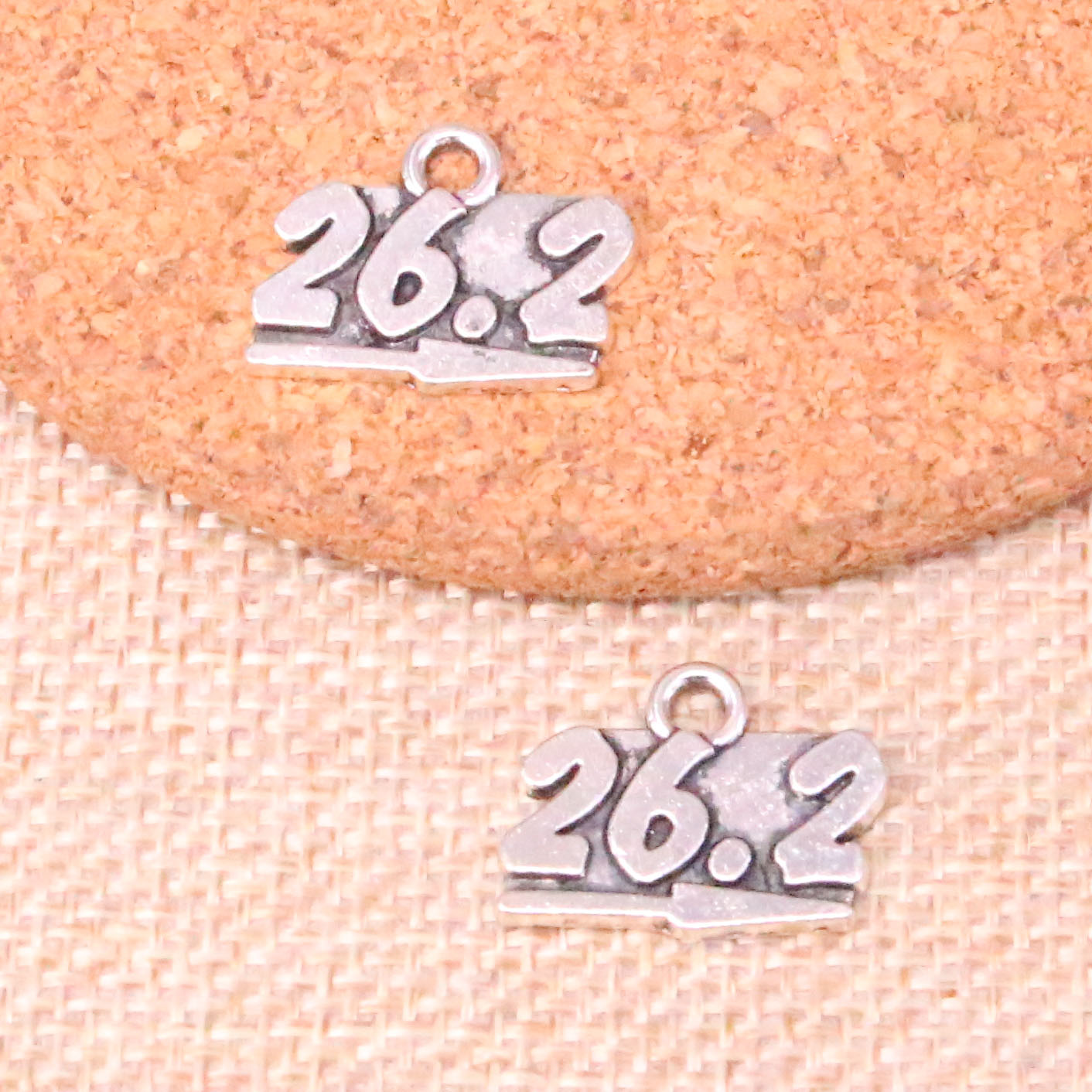 20pcs Tibetan Silver Plated 26.2 marathon Charms Pendants for Jewelry Making DIY Handmade Craft 20*15mm