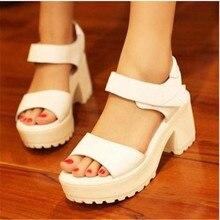Livraison gratuite plate-forme de mode sandales 2014 nouvelle dames de punk chaussures pompes chunky talons hauts boucle de ceinture blanc casual chaussures