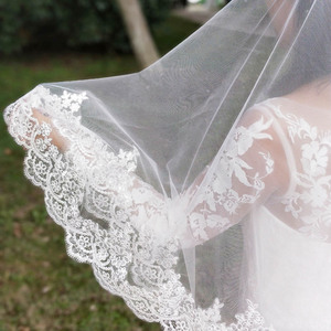 Image 3 - New Arrival 2 Layers Sequins Lace Edge Short Woodland Wedding Veils with Comb 2 T White Ivory Tulle Bridal Veils