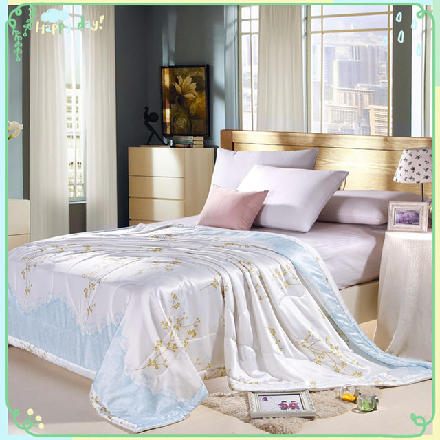 Summer Spring Soft Smooth Thin Quilt Twin/Full/Queen/King Size Bed Coverlet