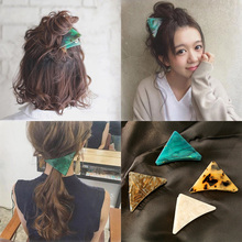 Japan and Korea Women Popular Green Marble Triangle Hair Clip Grasp Acetic Acid Claw Accessories