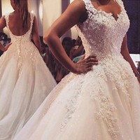 Ball Gowns Spaghetti Straps White Ivory Tulle Wedding Dresses 2019 Hot with Pearls Bridal Dress Marriage Customer Made Size