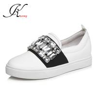 Ksjywq хрустальные бриллианты чистый белый Женская обувь на плоской подошве из натуральной кожи 2.5 см на толстой платформе обувь осень Обувная