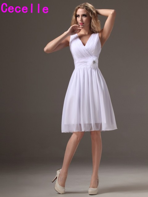 2019 Real Little White Short Bridesmaid Dresses V Neck Tank Straps Sleeveless Pleats Chiffon Knee Length Beach Bridesmaid Robes