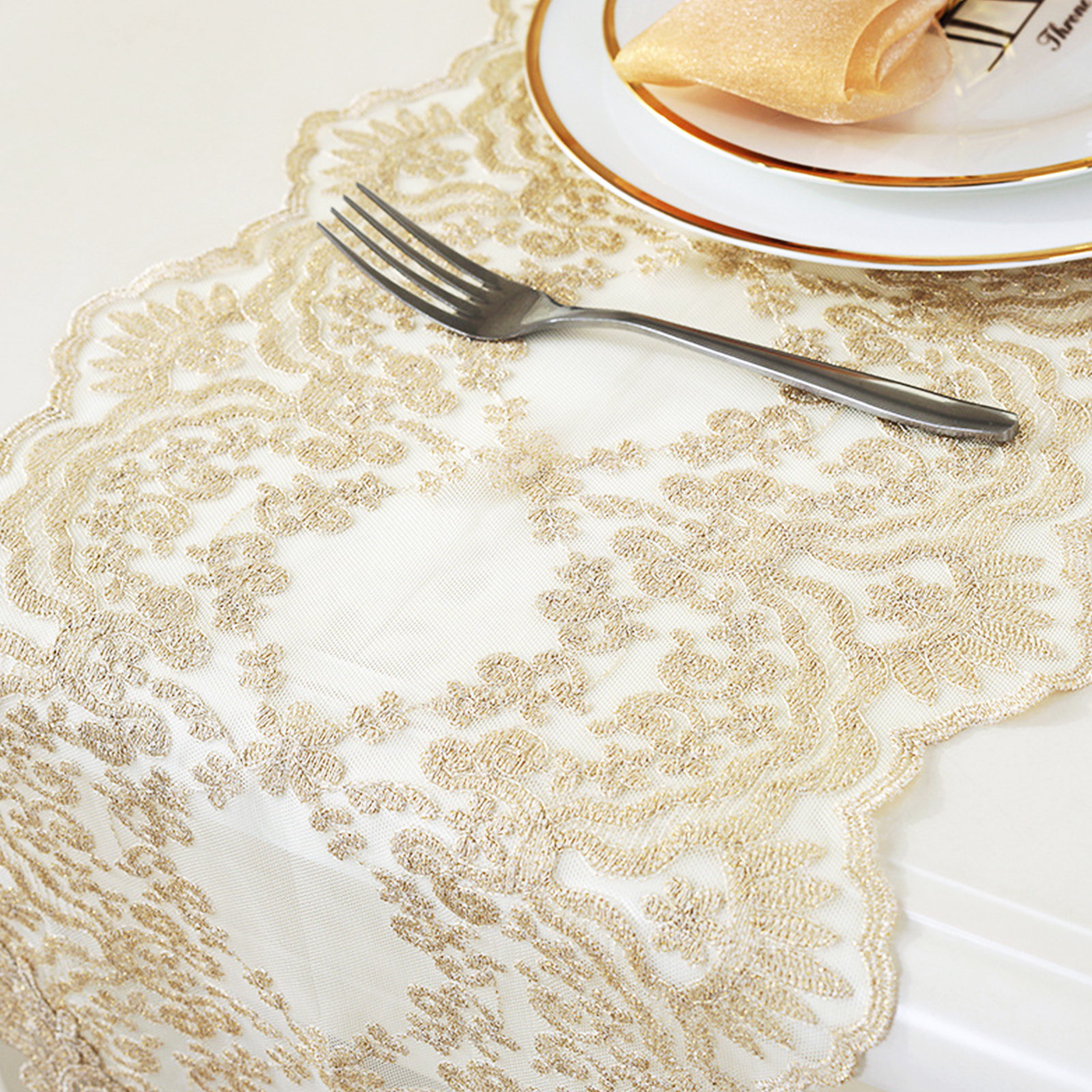 1pcs Europe Embroidered Table Runner Table Cover Lace Cloth Coffee