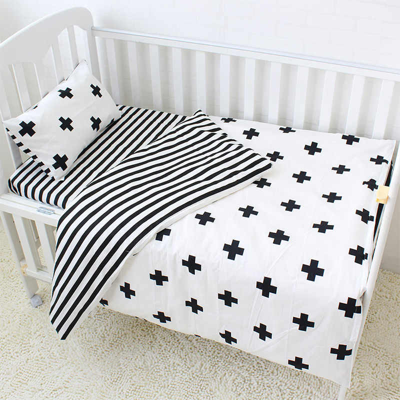 3Pcs Baby Bedding Set Cotton Crib Sets Black White Stripe Cross Pattern Baby Cot Set Including Duvet Cover Pillowcase Flat Sheet