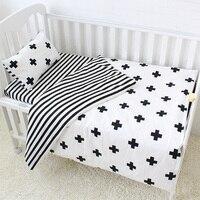 3 Pcs Bayi Set Tempat Tidur Katun Tempat Tidur Set Hitam Putih Cross Pola Tidur Bayi Set Termasuk Duvet Cover Sarung Bantal lembaran Datar