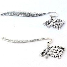 Antique charm bookmark with Game of throne Stark house wolf Bookmarks  Silver Dragon Shaped Bookmarks Creative Gift house stark of game of thrones house theme pendant pocket watch with necklace chain best gift for fans of american drama